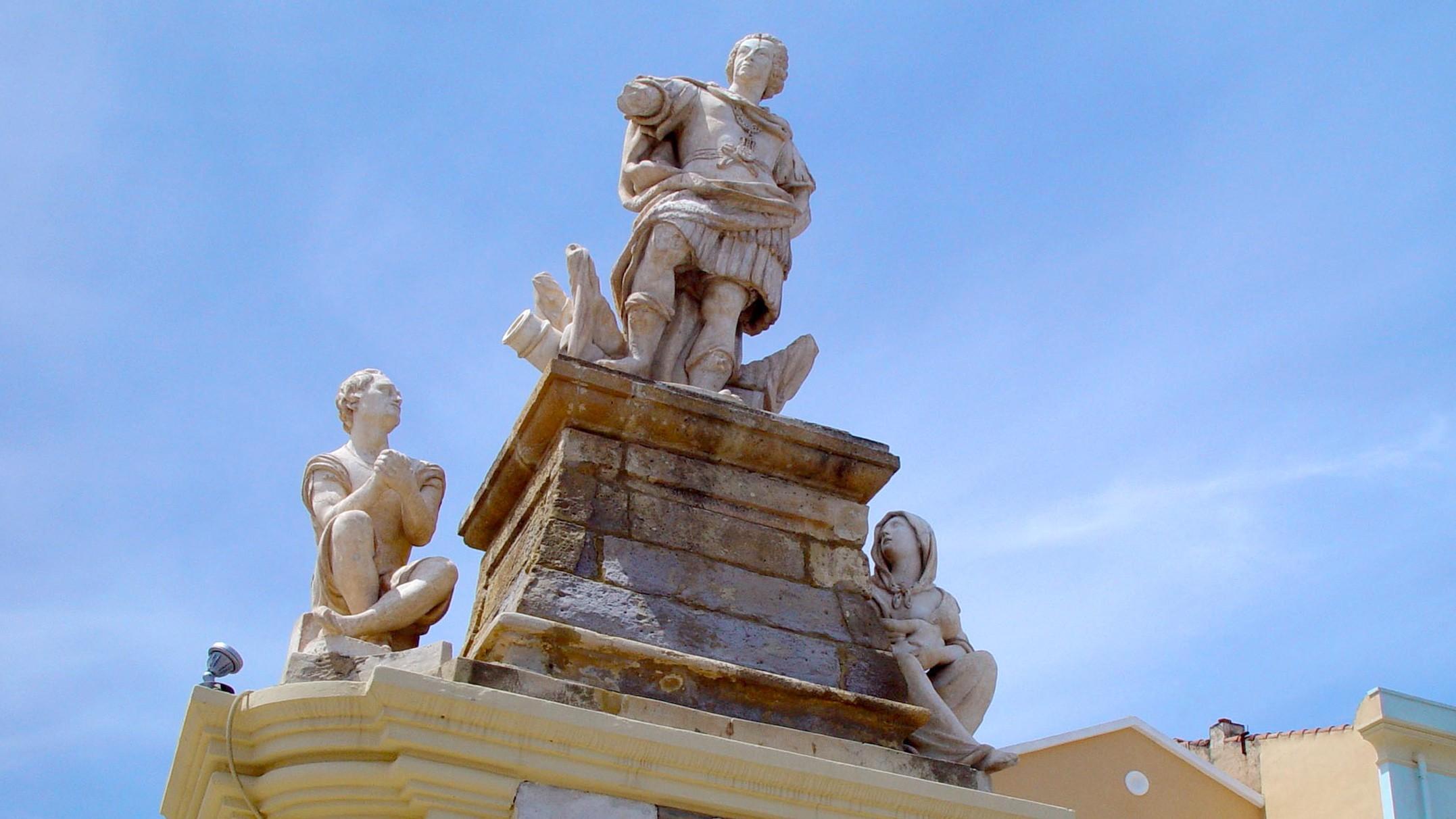 Carloforte, Monumento-a-Carlo-Emanuele III.