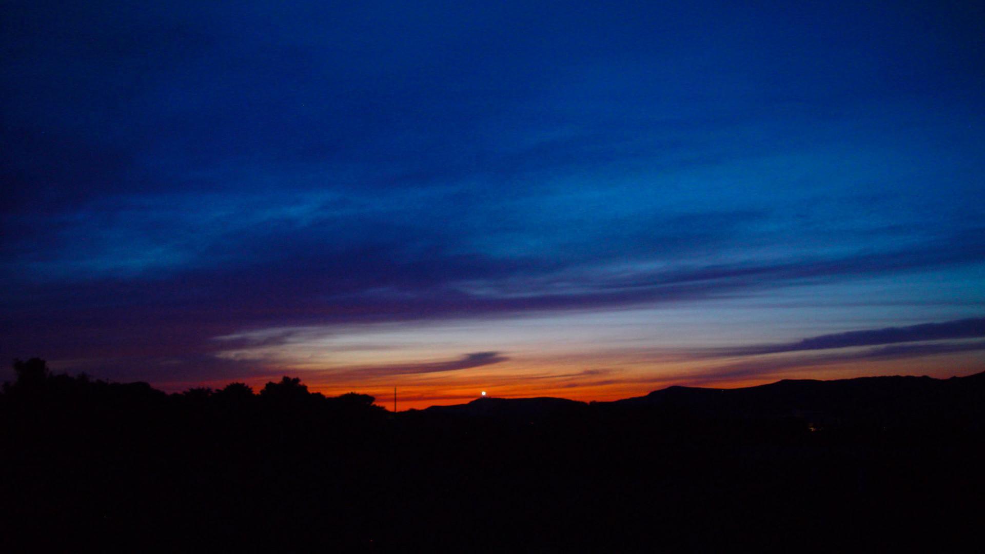 Camera-Mizar-il-Faro-al-tramonto-